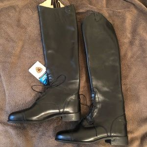 Ariat field boots (brand new)